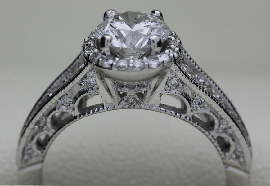 Feature Ring 1- Halo Princess